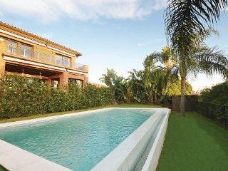 Villa in Caldes D ´Estrac, Costa De Barcelona, Spain, Caldes d'Estrac