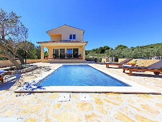 Villa in Dugi Otok Veli Rat, North Dalmatia Islands, Croatia, Verunic