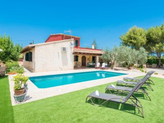 CORTIJO - Property for 10 people in Lloseta