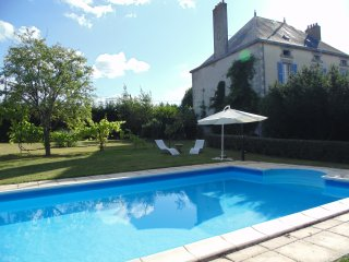 Spacious House in Large Garden with Gite and Pool, La Chapelle-Saint-Etienne