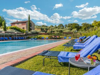 4 bedroom Apartment in Cennina, Tuscany, Italy : ref 5240484