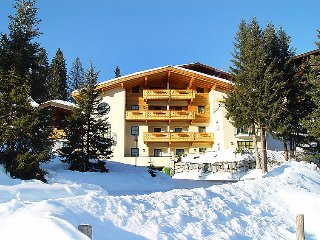 2 bedroom Apartment in Konigsleiten, Zillertal, Austria : ref 2295474