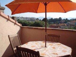 Loft confortable avec terrasse, Cannes