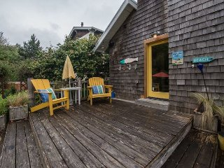 Hutchins House~MCA#1123~ Perfect for venturing around town or the beach!!, Manzanita