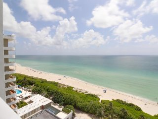 Modern beachfront condo w/ ocean view & resort amenities like a shared pool!