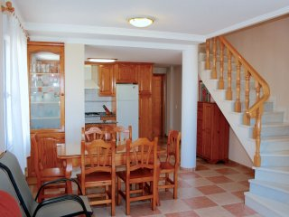 Apartamento dúplex junto al mar, Oliva