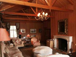 048b-Modern luxury lodge, Ballater