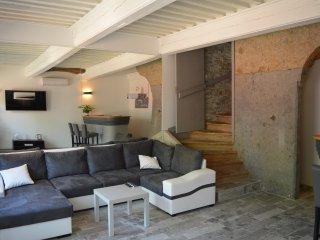 Gîte 'Le Rive Droite', Collonges-au-Mont-d'Or