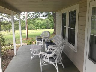 3 MILES FROM TRYON INTERNATIONAL EQUESTRIAN CENTER, Mill Spring