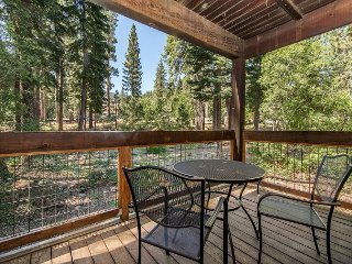 Mountain-View Studio at Northstar—Minutes from the Slopes, Truckee