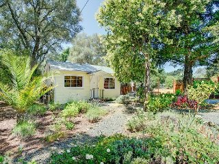 Beautiful Country 2BR Home in Sonoma