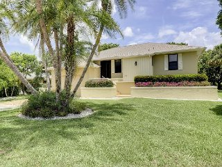 Par View on the Green: Peaceful 3 Bedroom Pool Home Great for Golfers!, Isla de Sanibel