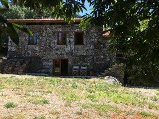 Casa das Bouças-Casa de Campo - Alvaredo/Melgaço, Melgaco