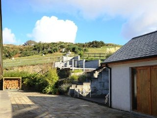 Atlantic View Lodge - 3 Bed bungalow set on 14 acres of land offering magnificent views, Clifden