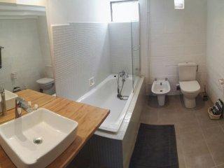 Badezimmer 1 (Hauptbadezimmer)