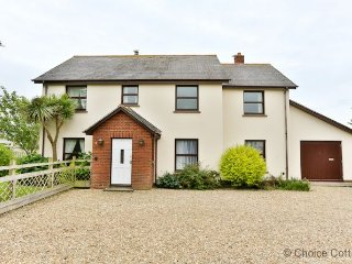CROYDE HIGH TIDE | 6 Bedrooms