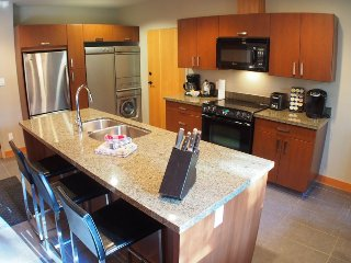 Sun Peaks Kookaburra Lodge 2 Bedroom Condo with Hot Tub