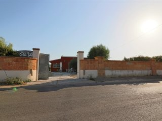 Villa Sonia in countryside for rent with outdoor spaces equipped a few km from