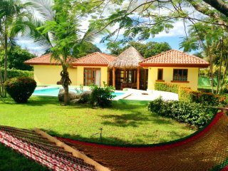 Cozy yet private yet Tamarindo