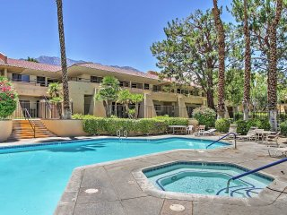 1BR Palm Springs Condo w/Patio & Pool Access!
