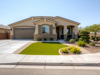 NEW! 3BR San Tan Valley House w/ Private Pool!