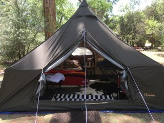 Arizona Luxury Expeditions--Glamping campsites, Sedona
