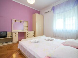 Apartments Jasenka - Studio with External Bathroom (Violet)