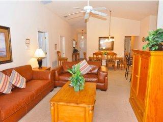 Sandy Ridge 4 Bedroom 3 Bath Pool Home with Lake View. 214SRD, Davenport