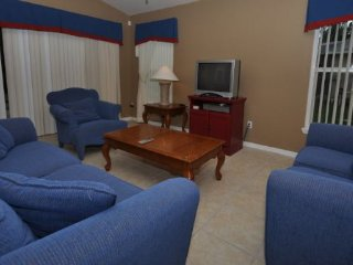 4 Bedroom 3 Bath Vacation Home with Pool and Games Room. 257SC, Davenport