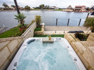 Waterside Resort Style, Mandurah