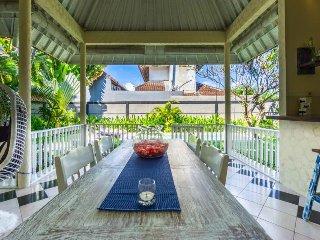 homey seminyak 3 bedrooms villa with private pool