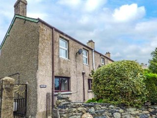 HAULFRYN, WiFi, Snowdonia National Park, mountain views, Ref 931733