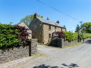 HILLVIEW HOUSE, detached, four bedrooms, open fire, solid fuel stove