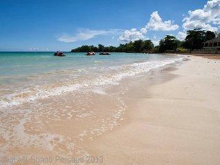 Chillin, Ocho Rios, Mammee Bay