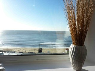 Sea view apartment, close to beach and town, Ventnor