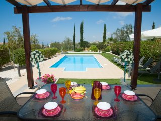 Villa Cherry- a Luxury 3 Bed Villa with private pool in desirable location!