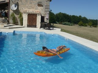Luxury private farmhouse with pool near Monpazier
