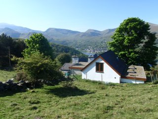 TY COCH ANNEX: Spectacular mountain views, Llanberis
