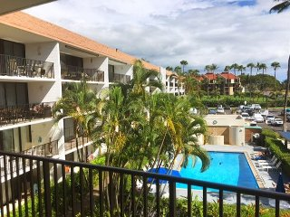 Maui Parkshore 304 - Newly Remodeled Bathrooms! Gorgeous, Ocean view 2B/2B.
