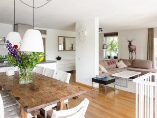Amazing Waterfront apartment in A-location, Ámsterdam