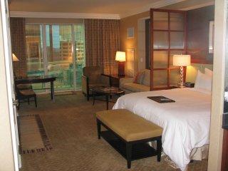 MGM Signature Jr Suite:Strip View/Balcony. No Fees, Las Vegas