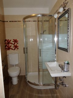Your own modern private bathroom