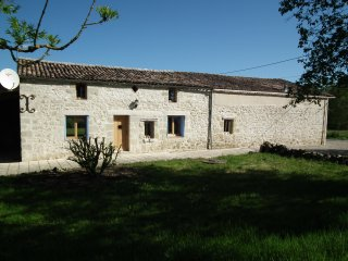 Farmhouse with Swimming Pool in Lot et Garonne