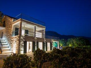 Stone Villa  Mir-Luxury  Dalmatian Villa, Kastel Stari