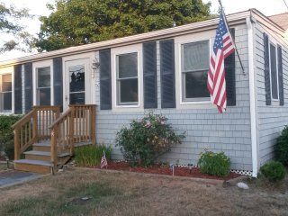 Spotless, Updated, Cozy  - Marshfield Beach House