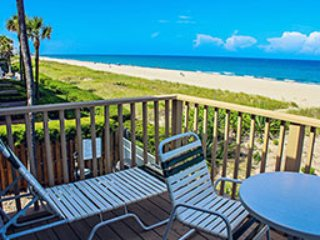 On the Beach! Berkshire Beach Club 1 bedroom unit, Deerfield Beach