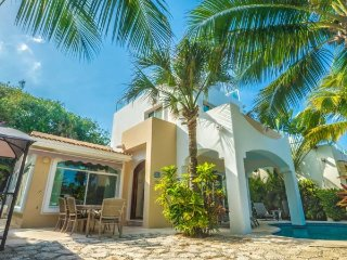 4 Bedroom Home right off of the Caribbean Ocean, Playa del Carmen