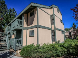 1561-Boulder Blue, Big Bear Region