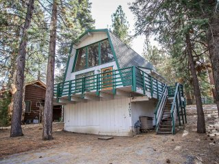 1574-Three Bears Cabin, Big Bear Region