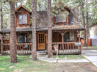 1328-Birdie Cabin, Big Bear City
